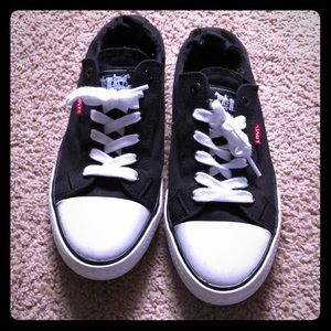 Super cute Levi's slip on gym shoes!